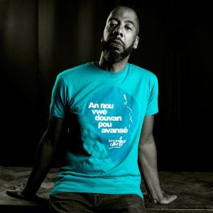 Tshirt-porte-douvan-homme-bleu